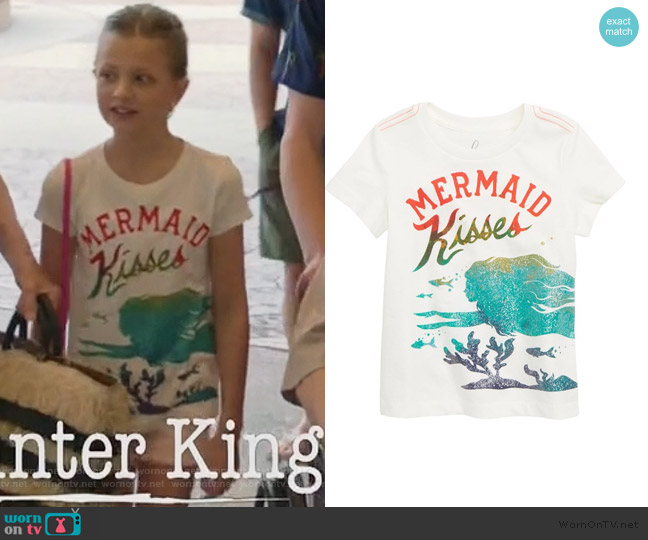 Mermaid Kisses Graphic Tee by Peek worn by Sophia Hughes (Giselle Eisenberg) on Life in Pieces
