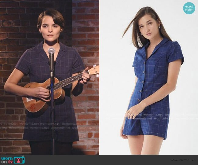 Sonata Plaid Button-Down Romper by Urban Outfitters worn by Elodie Davis (Brianna Hildebrand) on Trinkets