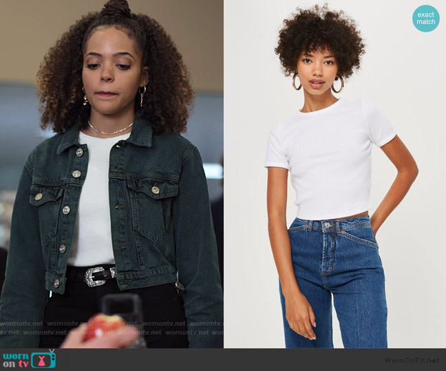 Short Sleeve Scallop T-Shirt by Topshop worn by Tabitha Foster (Quintessa Swindell) on Trinkets