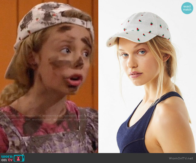UO Strawberry Baseball Hat worn by Destiny Baker (Mallory James Mahoney) on Bunkd