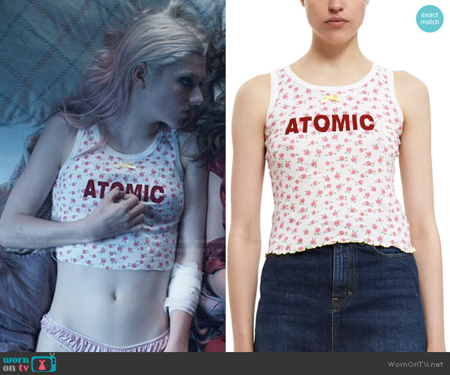 Vanna Youngstein Atomic Tank in Red Floral worn by Jules Vaughn (Hunter Schafer) on Euphoria