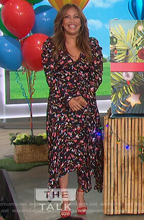 Carrie's black floral dress on The Talk