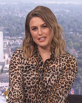 Carissa's leopard print blouse on E! News Daily Pop