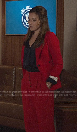 Emily's red suit on Designated Survivor