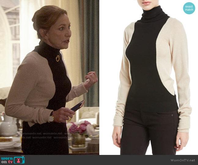 Helmut Lang Colorblock Turtleneck Sweater worn by Lorraine Zimmer (Julie White) on Designated Survivor
