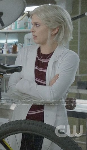 Liv's burgundy striped sweater on iZombie