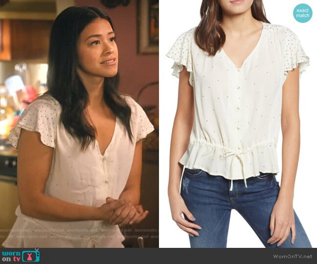 It Girl Flutter Sleeve Top by Lucky Brand worn by Jane Villanueva (Gina Rodriguez) on Jane the Virgin