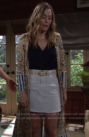 Hope's print cardigan robe on The Bold and the Beautiful