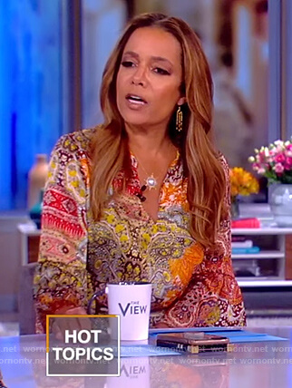 Sunny's printed tie waist jumpsuit on The View
