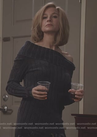 Anne's black ribbed folded sweater on What/If