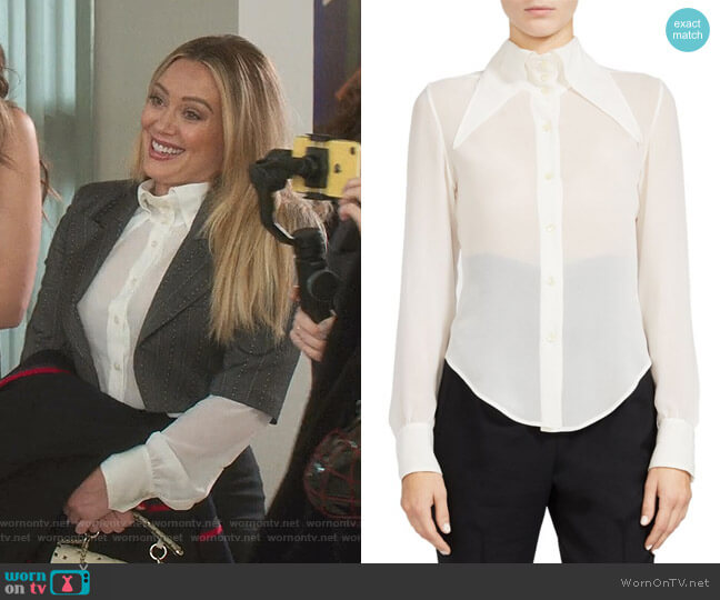 Oversized Collar Sheer Silk Button-Down Blouse by Saint Laurent worn by Kelsey Peters (Hilary Duff) on Younger