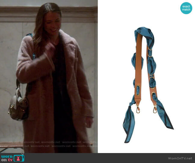Scarf Strap by Chloe worn by Liza Miller (Sutton Foster) on Younger