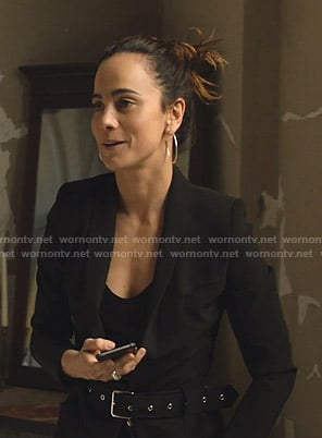 Teresa's black belted blazer on Queen of the South