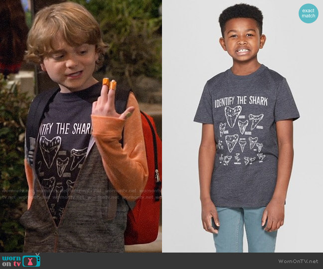 Target Cat & Jack Shark Teeth Short Sleeve Graphic T-Shirt worn by Finn Sawyer (Will Buie Jr) on Bunkd