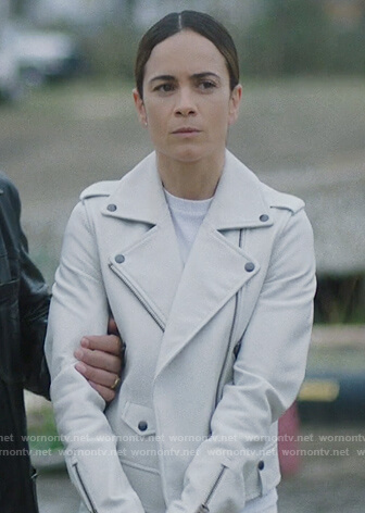 Teresa's white leather biker jacket on Queen of the South