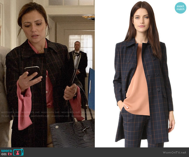 Theory Abla Coat worn by Emily Rhodes (Italia Ricci) on Designated Survivor