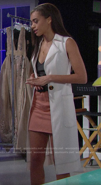 Zoe's long white vest on The Bold and the Beautiful