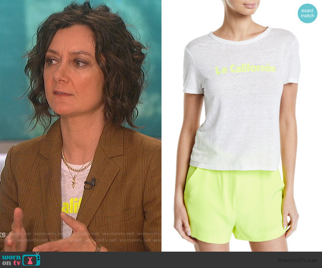 La Californie Linen Tee by A.L.C. worn by Sara Gilbert  on The Talk
