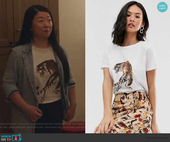 Pieces tiger print t-shirt by ASOS worn by Sherry Cola on Good Trouble worn by Alice Kwan (Sherry Cola) on Good Trouble