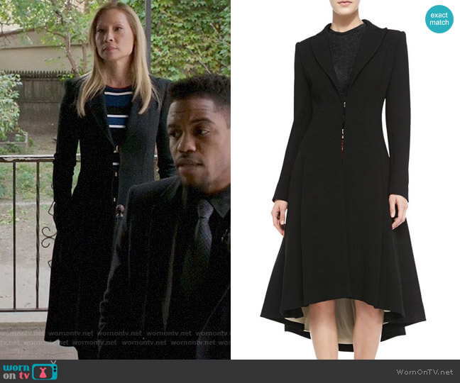 Alice + Olivia Bain Coat worn by Joan Watson (Lucy Liu) on Elementary