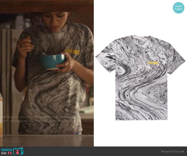 CNY HDNYC Marbled Tee worn by Rue Bennett (Zendaya) on Euphoria