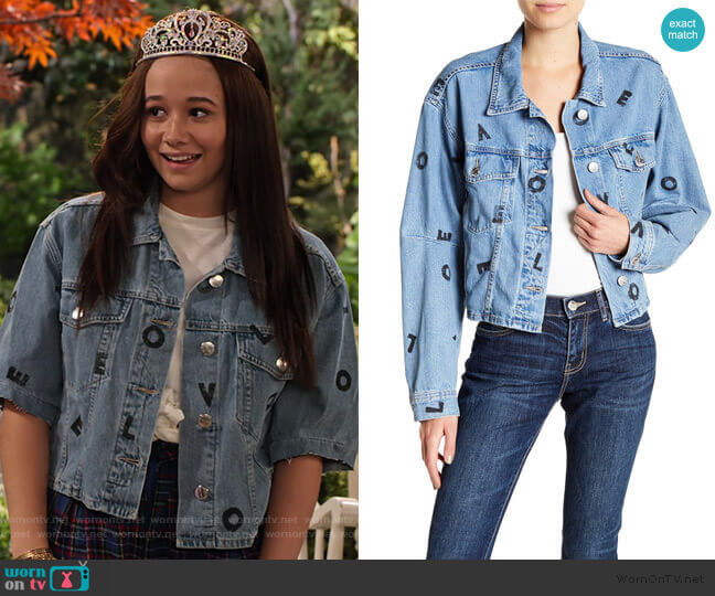 The Collin Cropped Denim Jacket by Current/Elliott worn by Jade (Talia Jackson) on Family Reunion