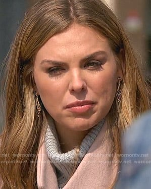 Hannah's drop earrings on The Bachelorette