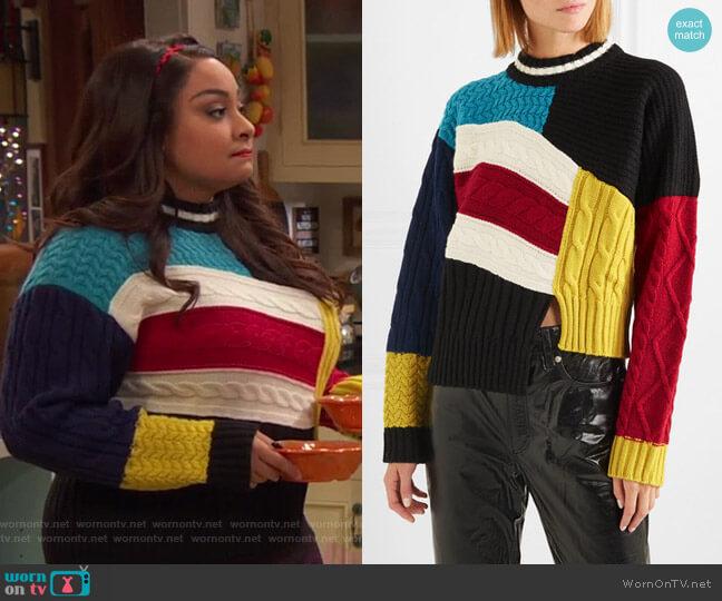 Maglia asymmetric Sweater by MSGM worn by Raven Baxter (Raven-Symoné) on Ravens Home