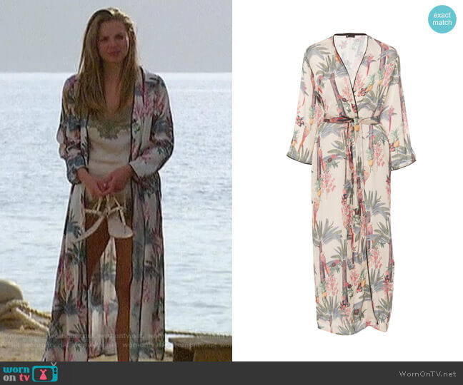 Palomino Printed Robe by Loborosa worn by Hannah Brown  on The Bachelorette