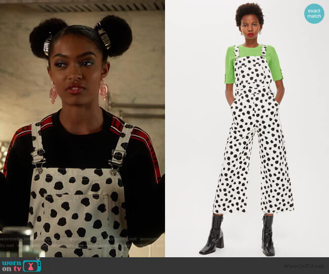 Spot Denim Dungarees by Topshop worn by Zoey Johnson (Yara Shahidi) on Grown-ish
