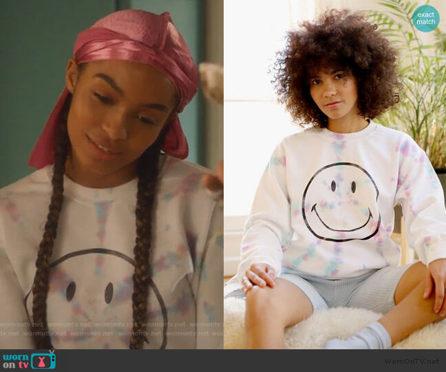Day Smiley Tie-Dye Pullover Sweatshirt by Urban Outfitters worn by Zoey Johnson (Yara Shahidi) on Grown-ish