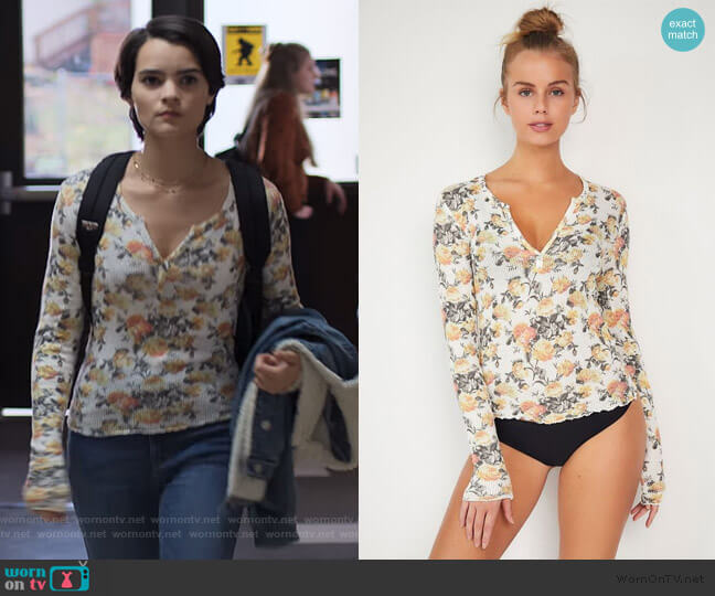 Out From Under Scarlett Notch Henley Top by Urban Outfitters worn by Elodie Davis (Brianna Hildebrand) on Trinkets