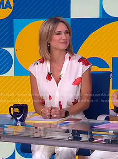 Amy's white floral top on Good Morning America