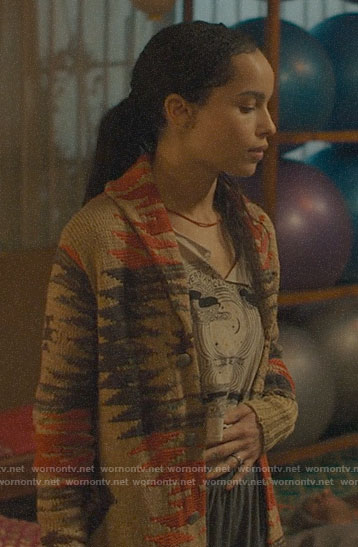 Bonnie's cropped graphic tee on Big Little Lies