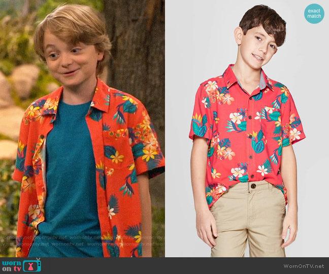 Target Cat & Jack Short Sleeve Hawaiian Button-Down Shirt worn by Finn Sawyer (Will Buie Jr) on Bunkd