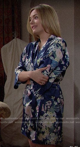 Hope's blue floral robe on The Bold and the Beautiful
