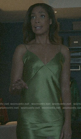 Jessica's green night gown on Pearson