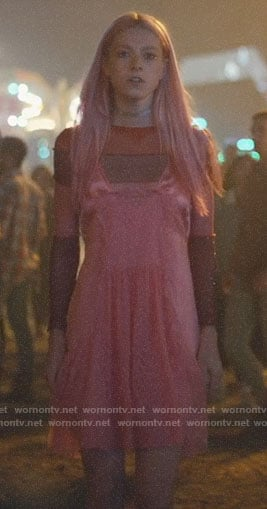Jules's pink slip dress on Euphoria