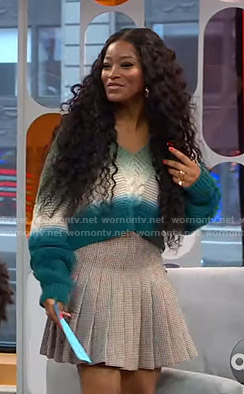 Keke's tie-dye sweater and pleated skirt on GMA Strahan And Sara