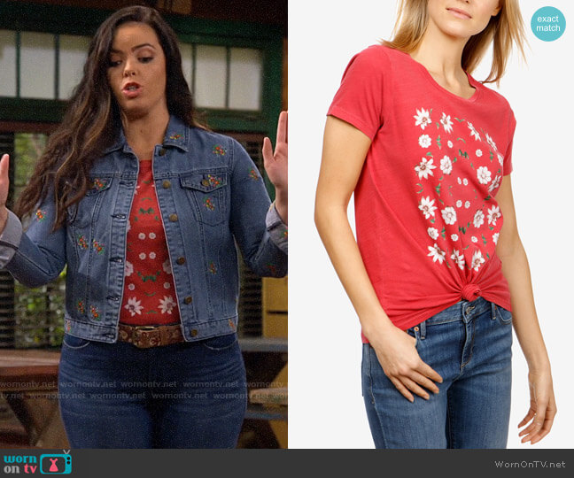 Lucky Brand Floral T-shirt worn by Lou Hockhauser (Miranda May) on Bunkd