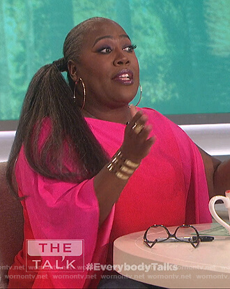 Sheryl's pink ombre top on The Talk