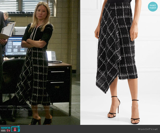 Roland Mouret Keaton Skirt worn by Joan Watson (Lucy Liu) on Elementary