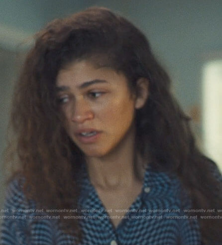 Rue's psychedlic checkerboard print shirt on Euphoria