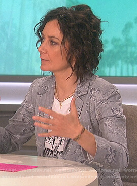 Sara's white Saint Laurent tee on The Talk