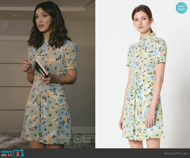Short-Sleeve High-Neck Dress by Sandro worn by Alicia Mendoza (Denyse Tontz) on Grand Hotel