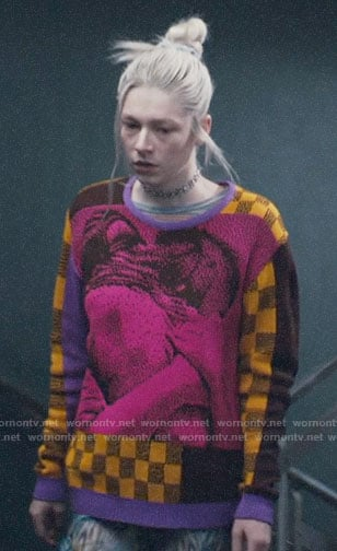 Jules's graphic print sweater on Euphoria