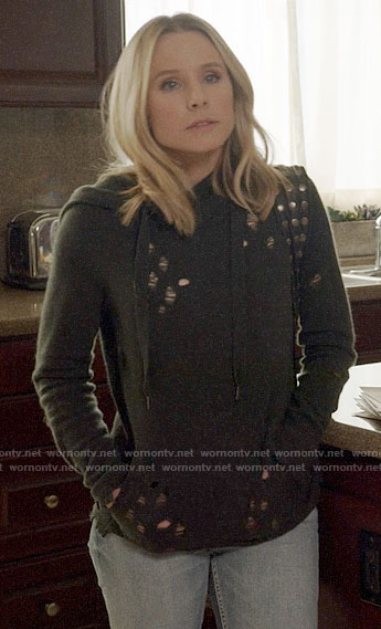 Veronica's grey distressed hoodie on Veronica Mars