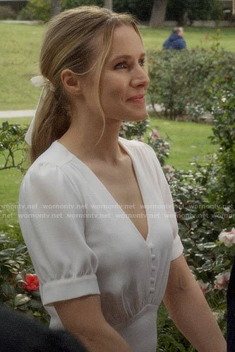 Veronica's wedding dress on Veronica Mars