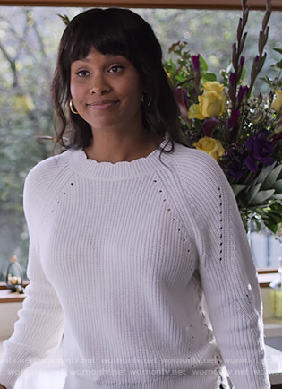Lori's white scalloped sweater on Trinkets