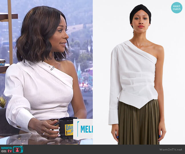 Asymmetric Pleated Top by Zara worn by Zuri Hall  on E! News